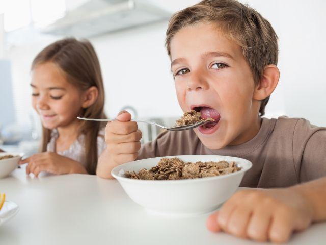 bambini_colazione
