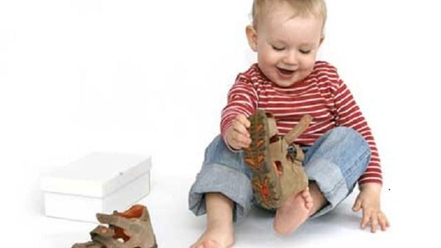 Come devono essere le prime scarpe del bambino f18ad79e6b2