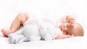 foto_neonato_che_dorme