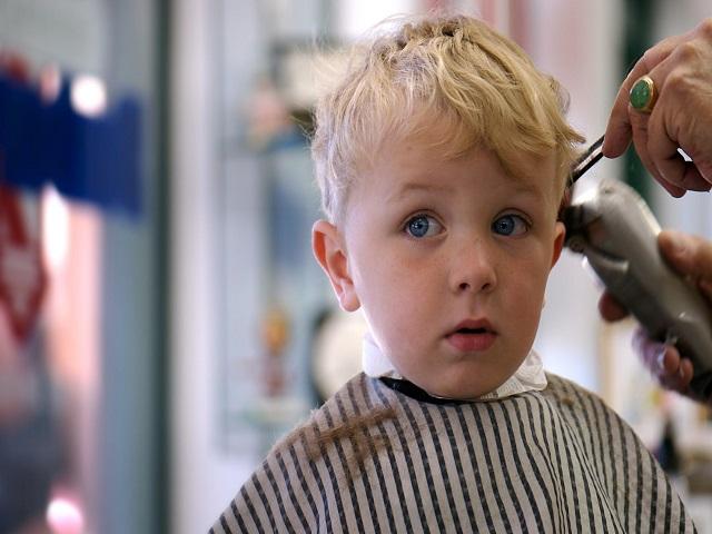 Taglio capelli bimba 1 anno