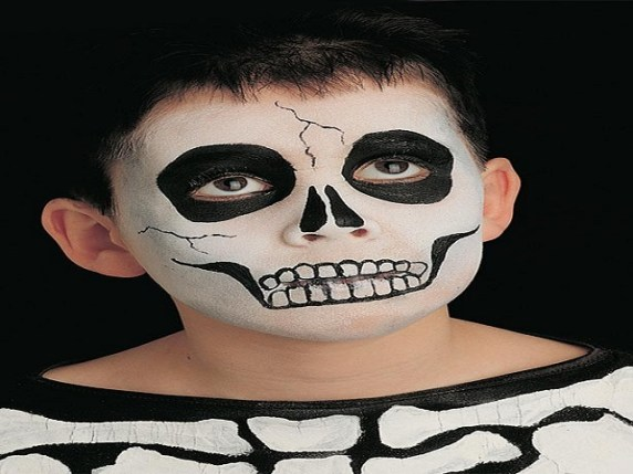 foto_trucco_halloween_bambini_scheletro