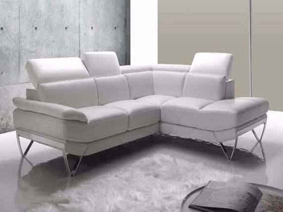 Come pulire il divano in pelle facilmente passione mamma - Pulire divano non sfoderabile ...