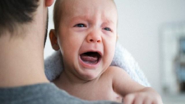 pianto dopo bagnetto neonato