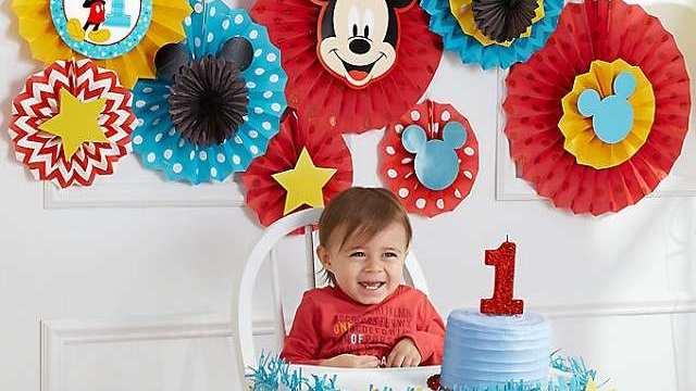 primo compleanno del bambino