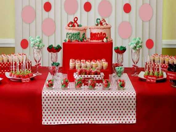 primo compleanno tema fragola