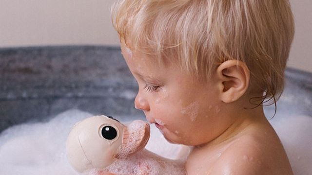Bagno bambini le paperelle di gomma sono pericolose il motivo - Paperelle da bagno ...
