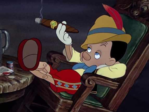 foto Pinocchio sigaro
