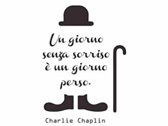 foto buongiorno amici Charlie Chaplin