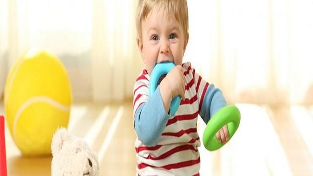 Male alle gengive: i rimedi per la tranquillità del piccolo