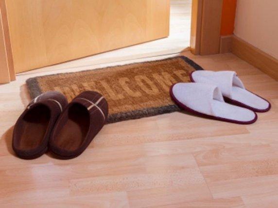 foto_scarpe_in_casa