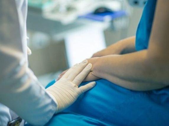 donna positiva partorisce neonata negativa
