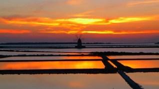 Il tramonto delle saline di Marsala è il quarto più bello del mondo - IL VIDEO - PassioneSicilia.it