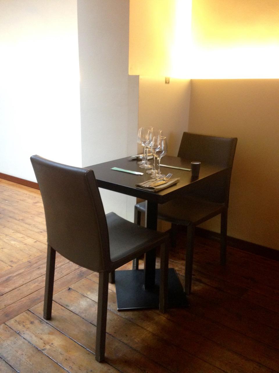 Chez Oki, Restaurant japonais à Ixelles - Table