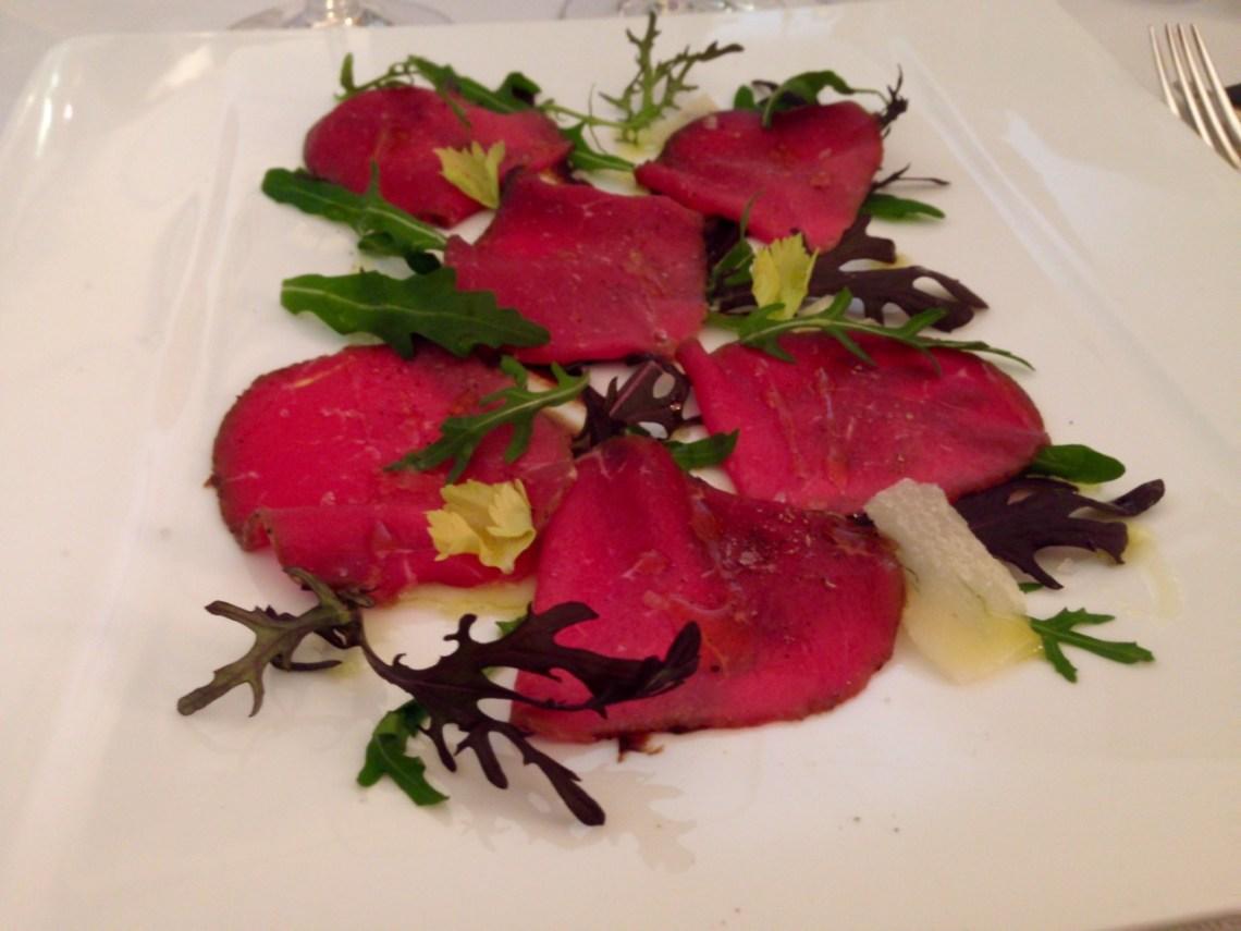 Restaurant Le Chateau de Strainchamps - Filet de boeuf mariné