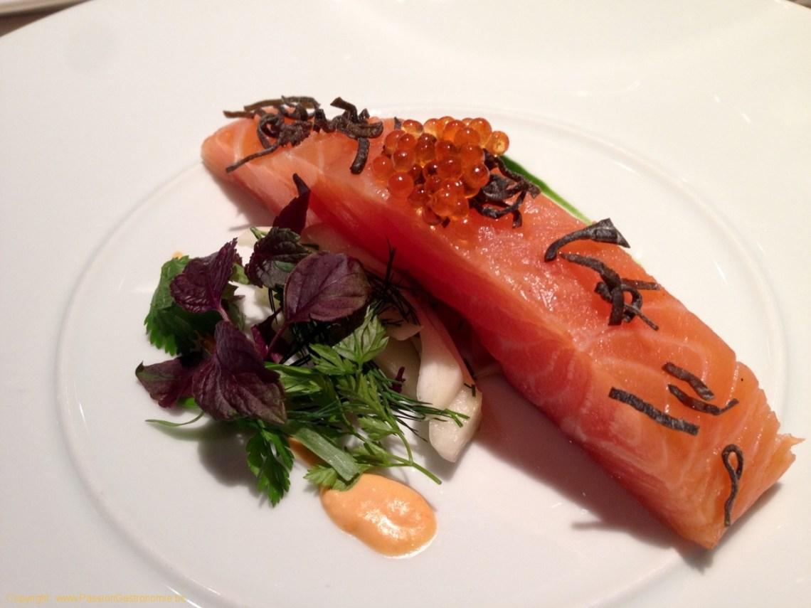 Restaurant Les Trois Petits Bouchons à Mont-sur-Marchienne - Saumon confit