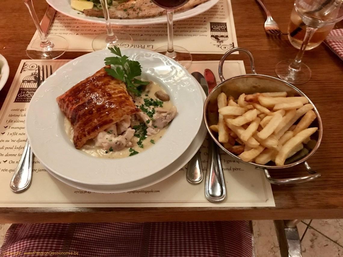 Restaurant La Petite Gayole - Vol-au-vent de poule maison