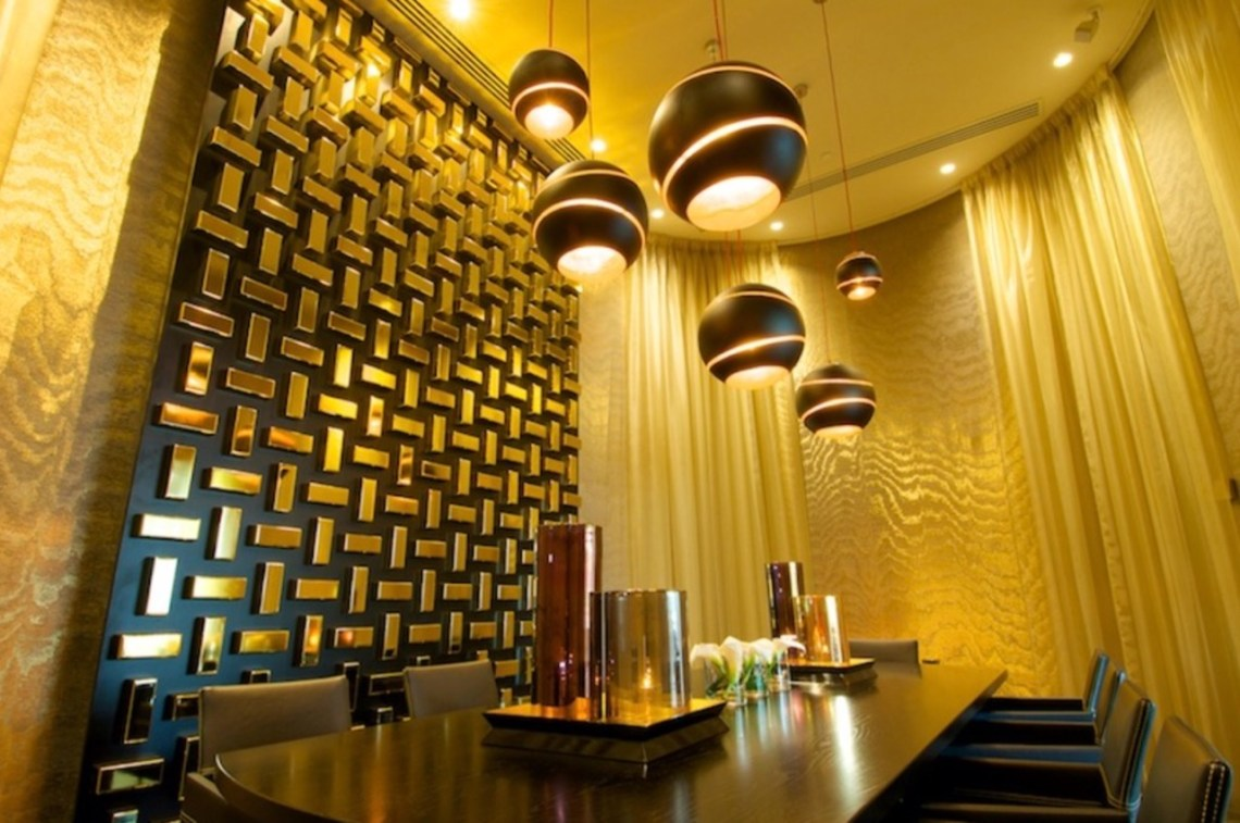 The Restaurant @ The Hotel - Salon