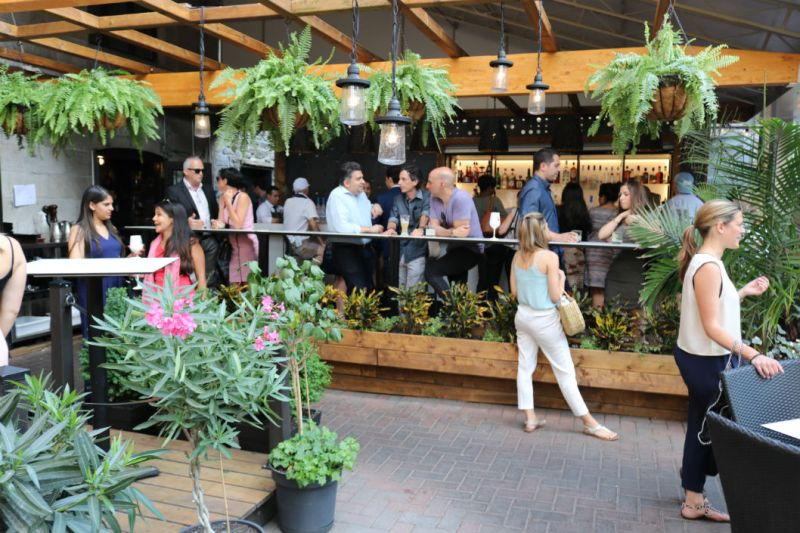 Terrasse Vieux-Port Steakhouse Montréal