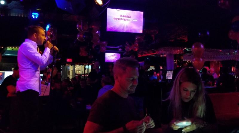 Le Club Date Karaoke