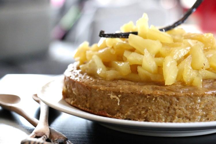 Gâteau de semoule d'orge et ananas caramélisé, IG bas, sans lactose