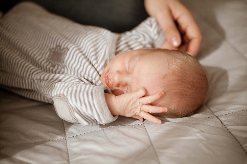 Newbornfoto, Neugeborenes, Newbornfotografie, Babyfotos