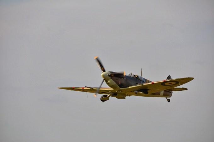 Spitfire Lens 2012 ©Xavier Cotton