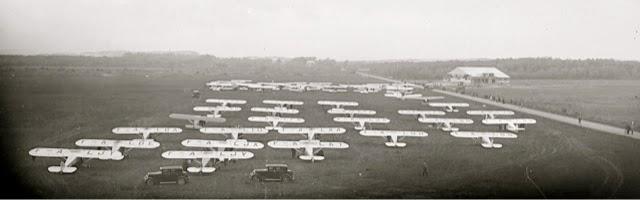 Les 24 Potez 36 du second Tour de France des avions de tourisme en 1932 ©Jacques Hémet