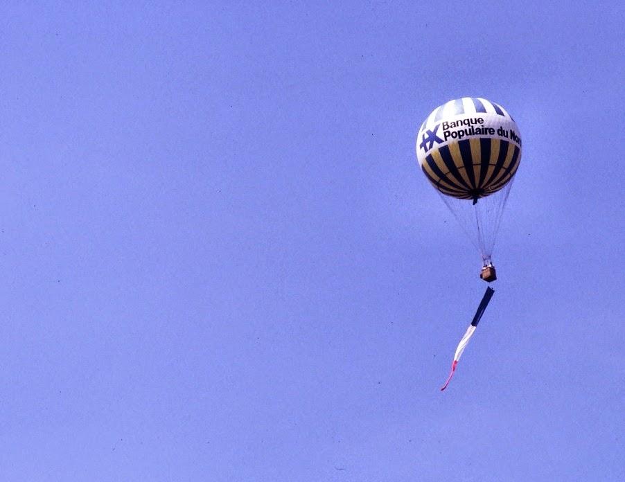 Ballon à Gaz Banque Populaire ©Xavier Cotton