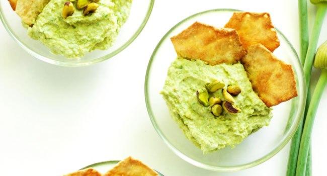 5 Minute Green Garlic Dip