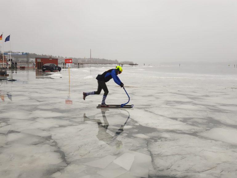 A kicksled in the Finland Ice Marathon on Lake Kallavesi