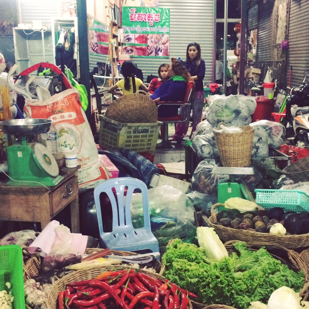 What to do in Siem Reap: Check out the markets!
