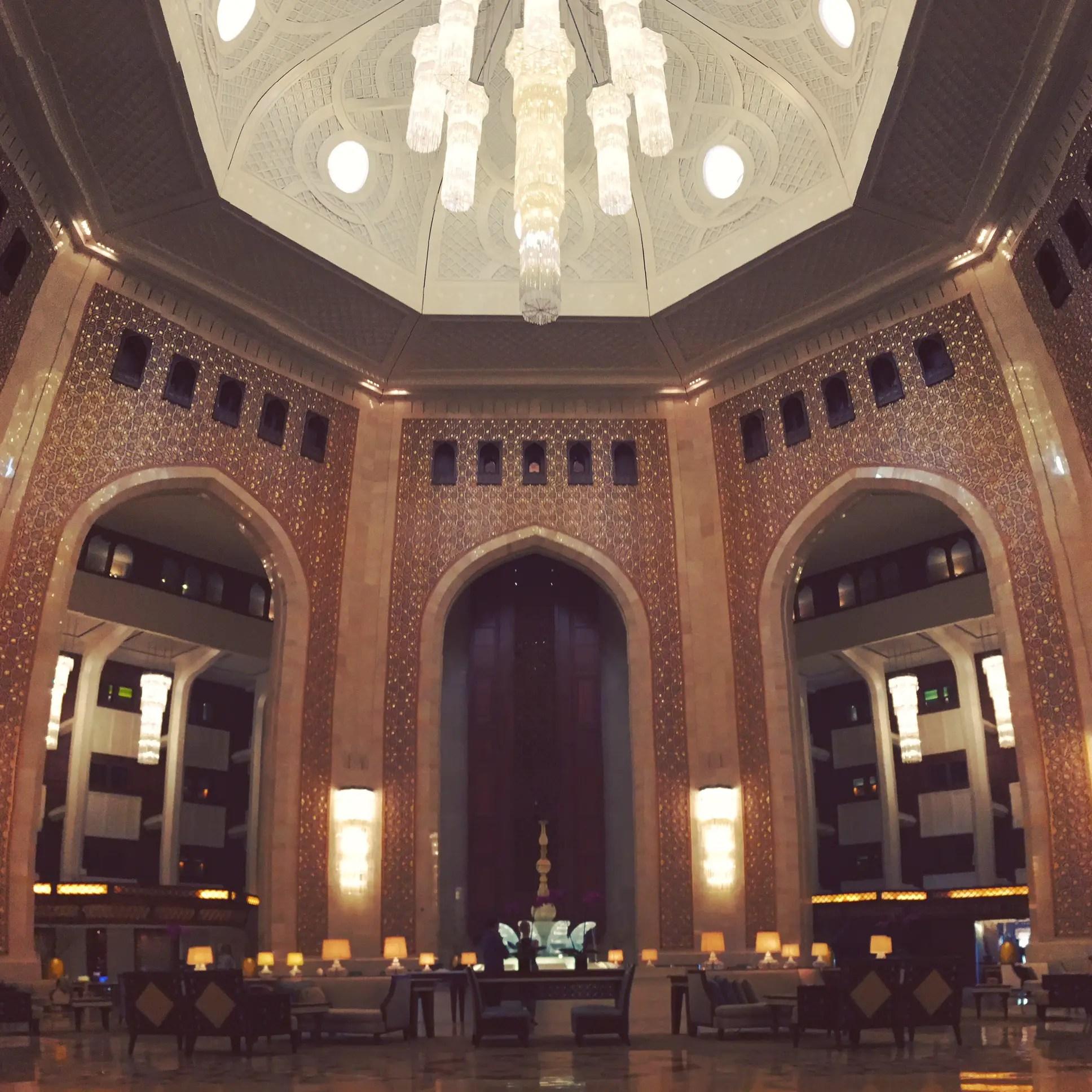 Carlton Palace Hotel Location