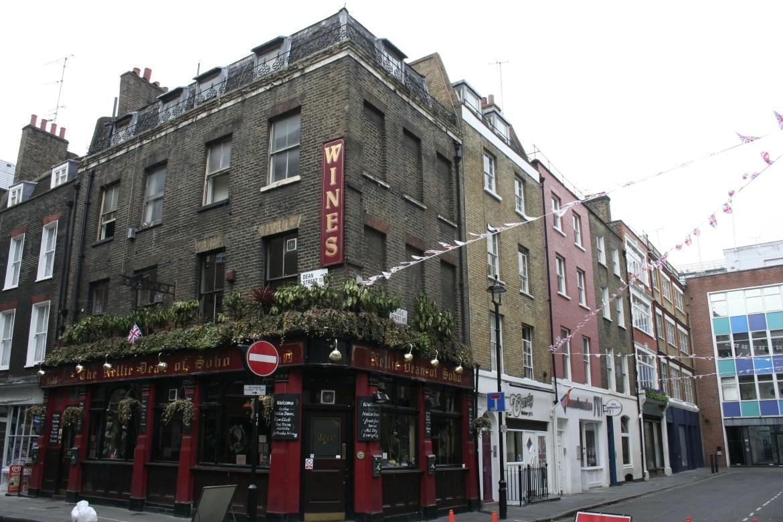 I love London food tours, especially in Soho!