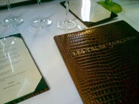Les trois gar ons passport delicious london restaurant for Garcons restaurant singapore