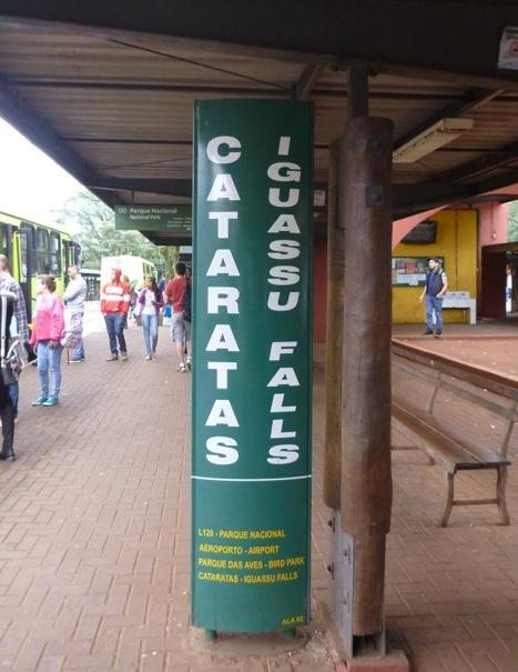 15-brazil-iguazu-falls-terminal-de-transporte-urbano