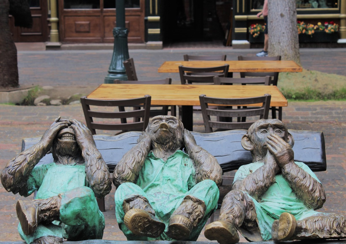Scouting for a see-no, hear-no, and speak-no evil statue is a must in Aspen. In fact, looking at art is one of the top things to do in Aspen other than skiing.
