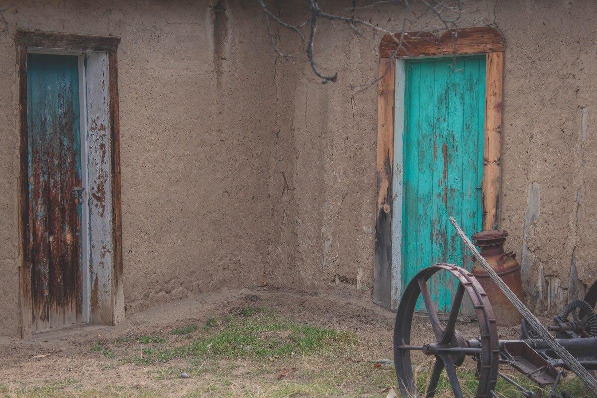 turquoise door heritage park