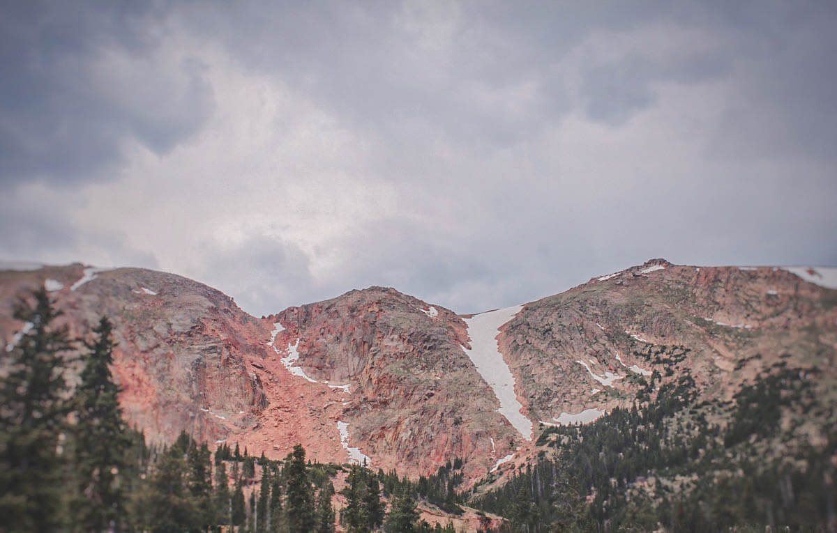 Fangs of white down the Pikes Peak mountain