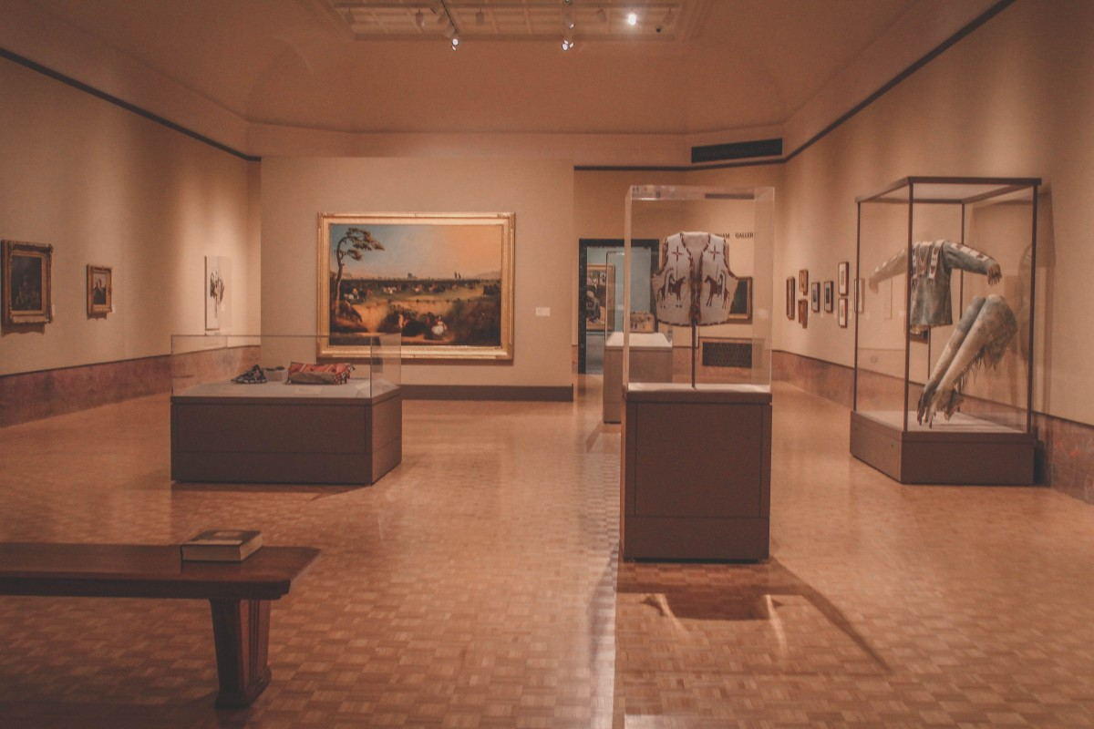 inside the Joslyn Art Museum snapshot
