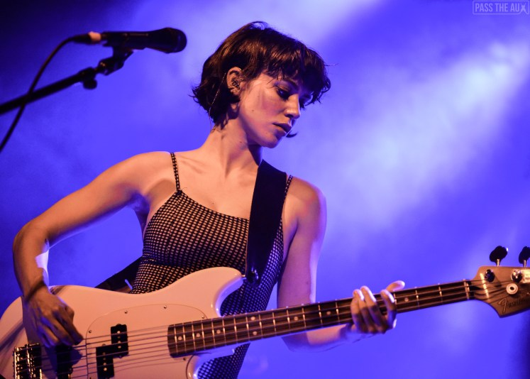 Meg Myers bewilders sold-out crowd at The Echo - Pass The Aux
