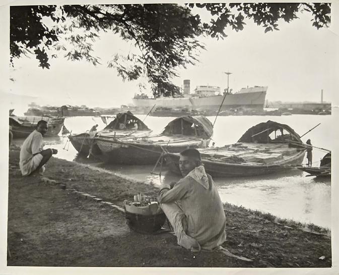 Vintage Photo Calcutta Hooghly River Street Vendor