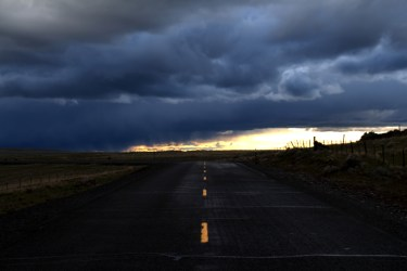 middle of the road photo in eastern oregon