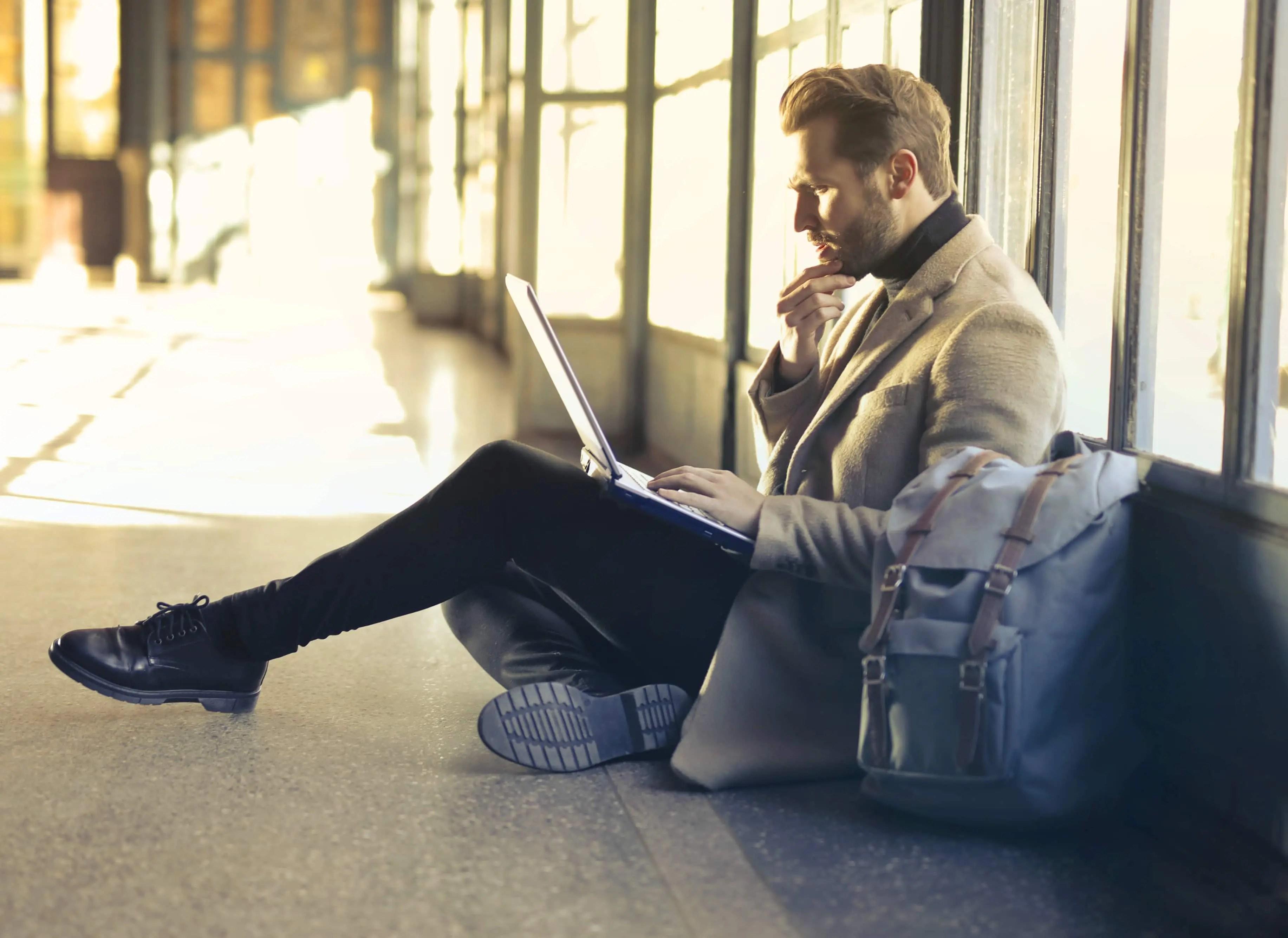 content marketing grabs their attention, interest, desire motivates action