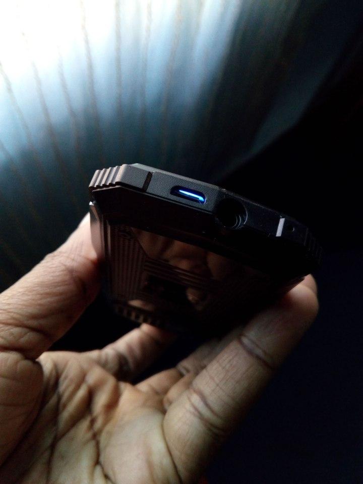 vkworld-Stone-V3S-Keyboard-Light-Shining-Through-USB-Charger-Port