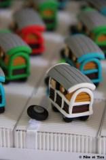 Boîtes à dragées roulottes thème bohème