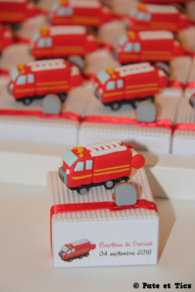 boites-dragees-camions-pompiers-03