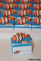 Boîtes à dragées poissons clowns thème mer