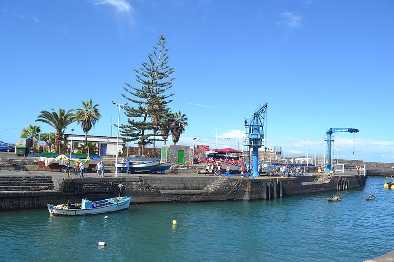 Muelle pesquero del puerto de la cruz patea tenerife - Coches de alquiler en puerto de la cruz tenerife ...
