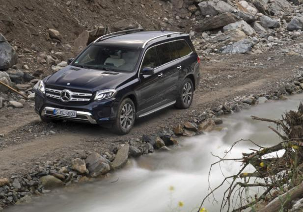Nuova Mercedes GLS. l'ammiraglia della gamma SUV Mercedes