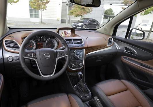 Foto Suv compatto Opel Mokka interni